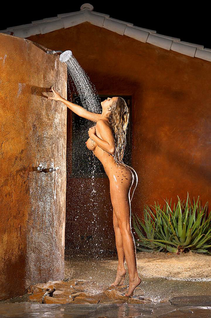 joanna-krupa-playboy-02 (ccc material - shower)