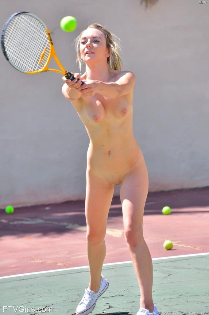 tennis2-img57e436a019d25